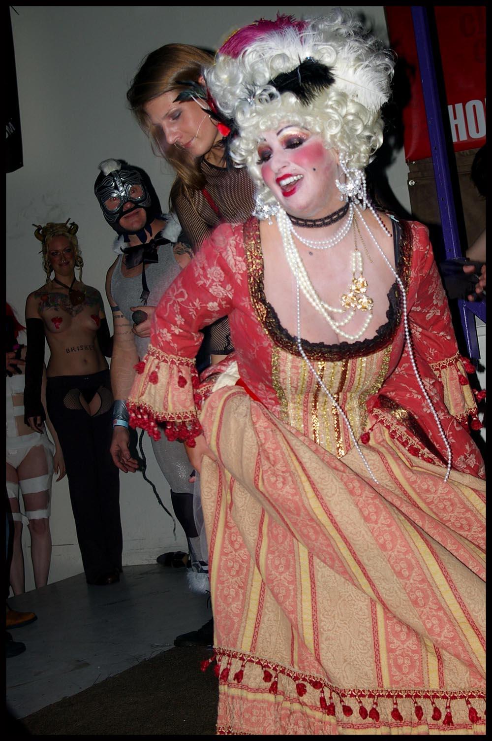 small costume victorian